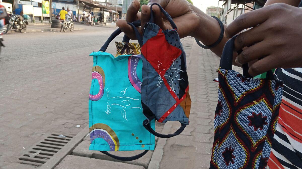 Covid-19: Pénurie de masques? Au Togo, la solution est toute ...