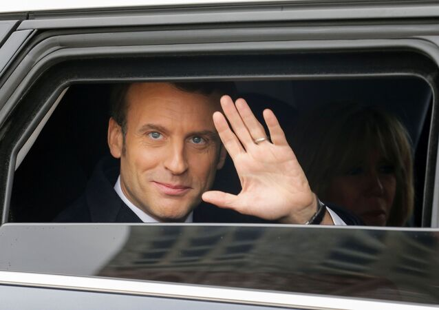 Le Président Macron en voiture