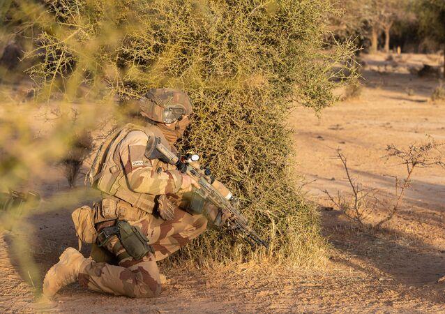Opération Barkhane: commando français au Mali