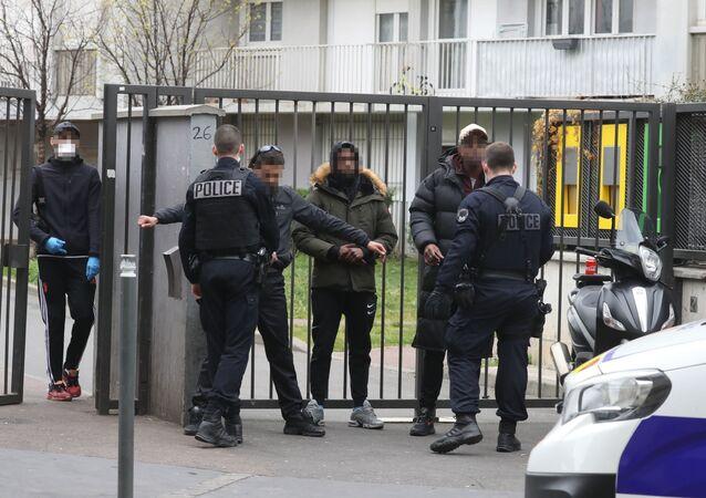 Confinement: contrôle de police dans le 93