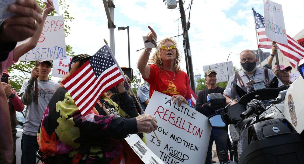 Des manifestants contre le confinement à Raleigh, en Caroline du Nord (États-Unis).
