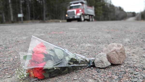Bouquet en hommage aux victimes de la fusillade en Nouvelle-Écosse (Canada), avril 2020 - Sputnik France