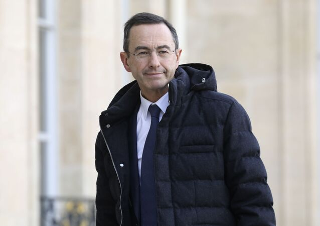 Head of Les Republicains right-wing party group at the French Senate Bruno Retailleau  arrives at the Elysee Palace in Paris for a meeting with French President on Febuary 5, 2019. (Photo by LUDOVIC MARIN / AFP)