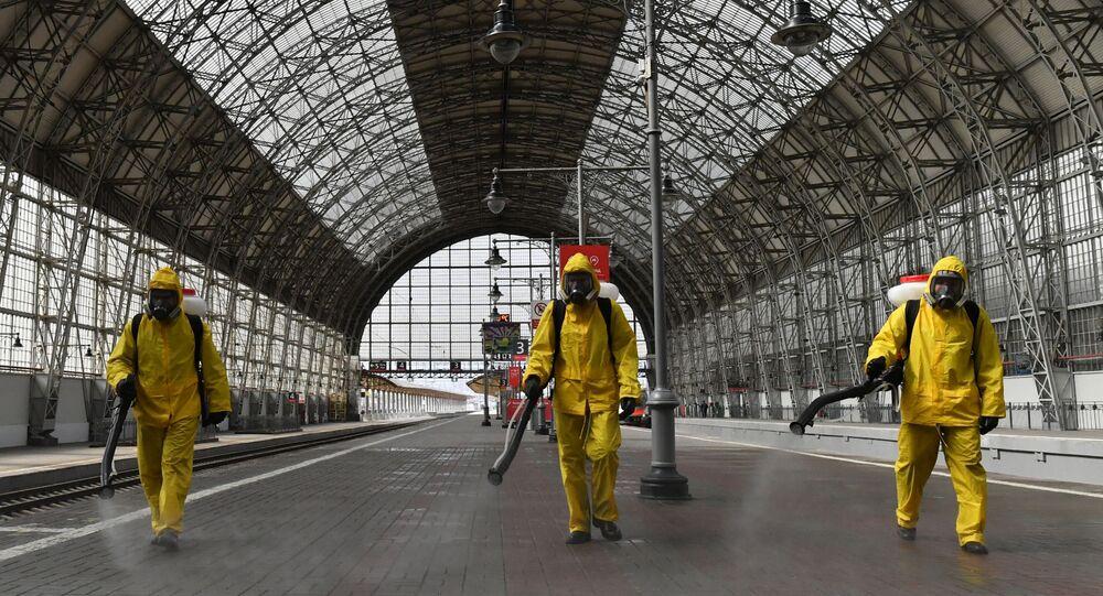 Désinfection de la gare de Kiev à Moscou