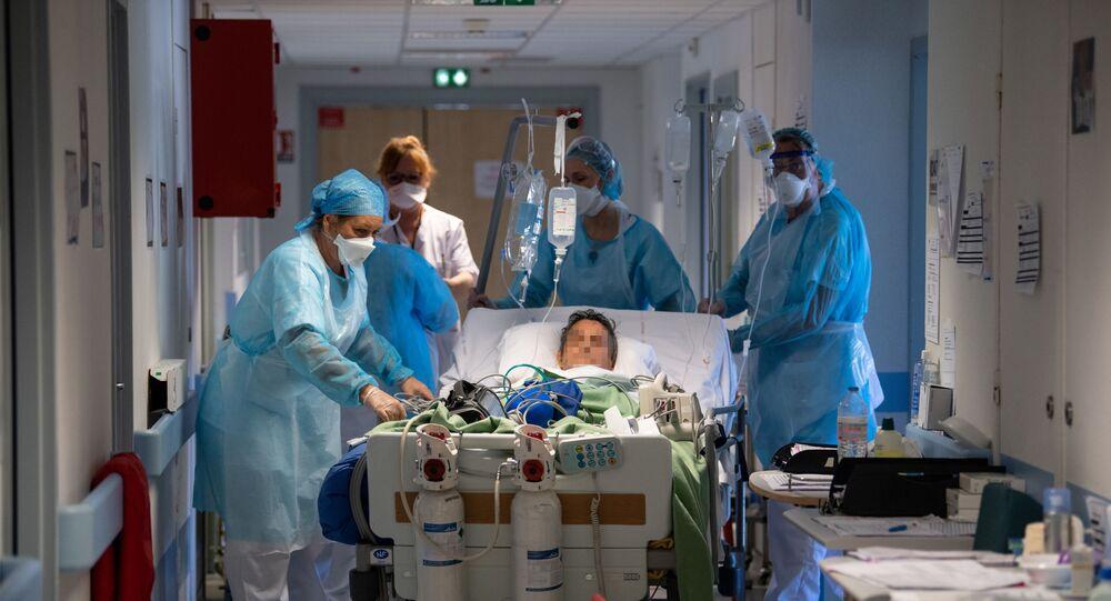Un patient transféré en soins intensifs le 17 avril 2020 à Mulhouse (illustration)