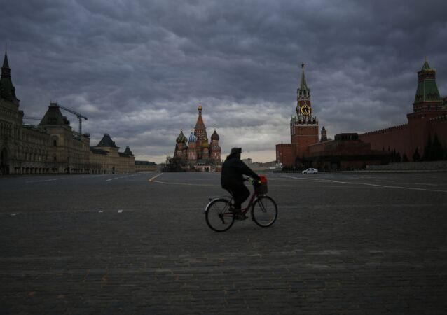 Le Kremlin lors du confinement à Moscou
