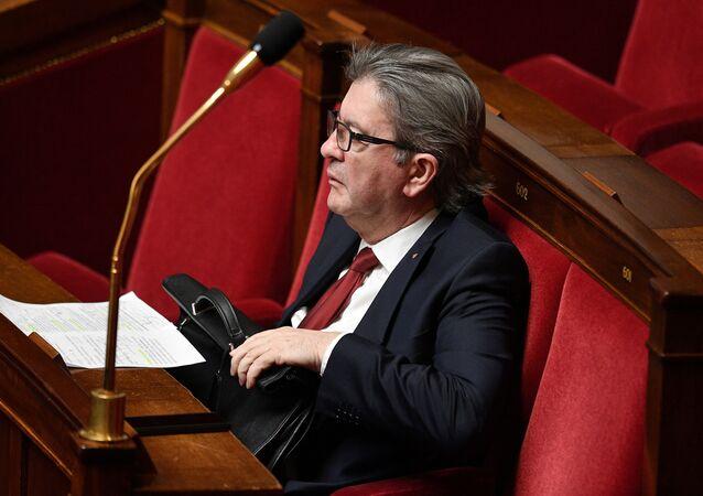 Jean-Luc Mélenchon lors du discours du Premier ministre sur la stratégie nationale de déconfinement