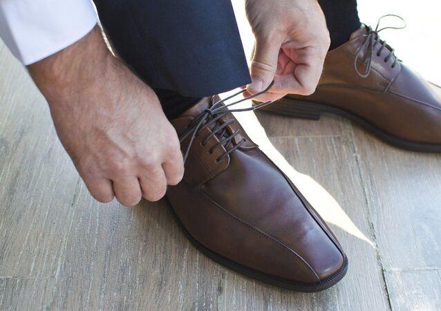 Des chaussures d'un homme