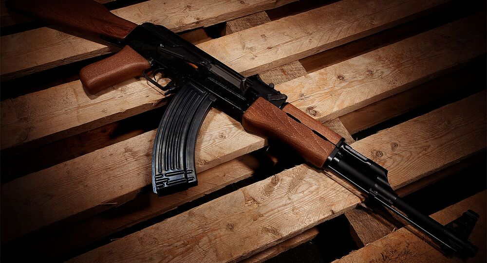 Fusil d'assaut AK-47 (image d'illustration)