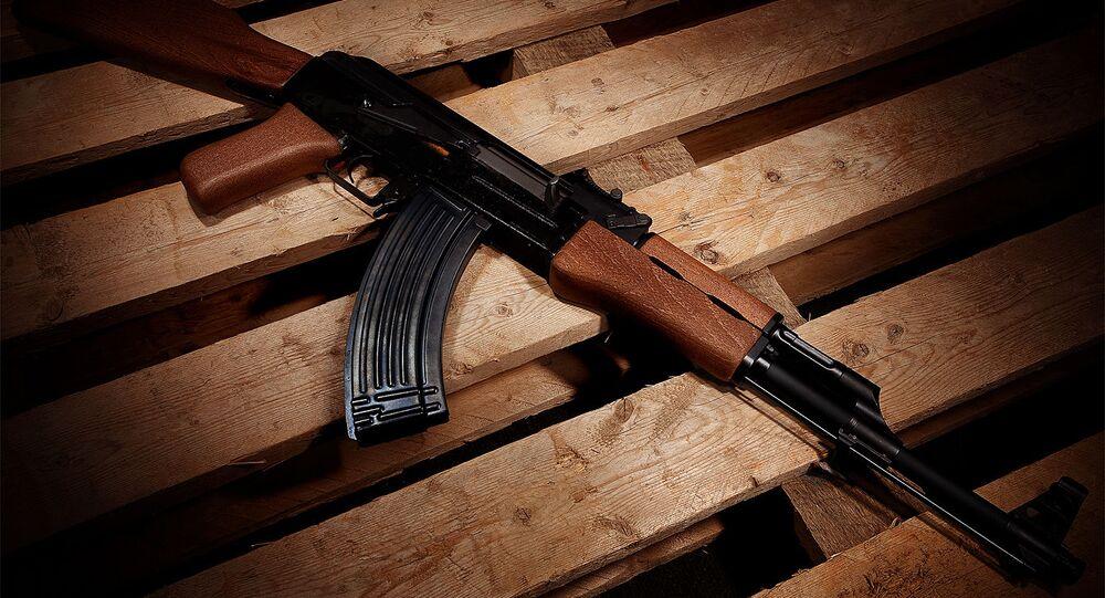 Fusil d'assaut AK-47 (image d'illustration)