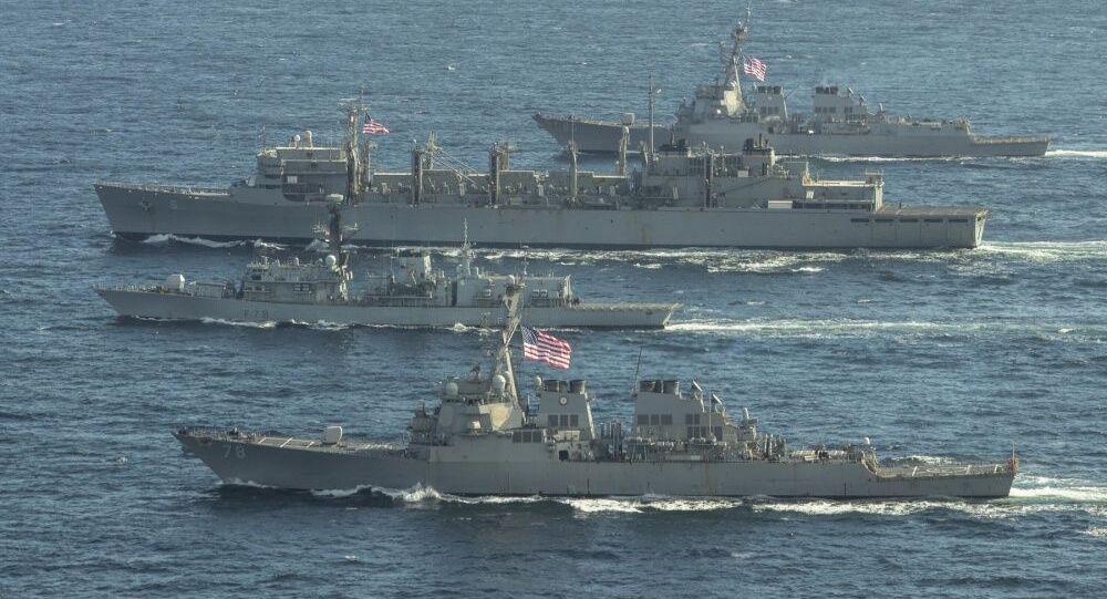 Des navires de l'Otan en mer de Barents, le 4 mai 2020