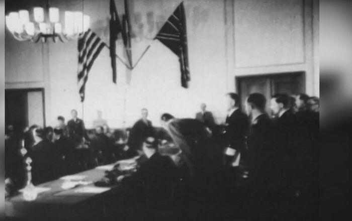 Acte de capitulation: les derniers instants du troisième Reich