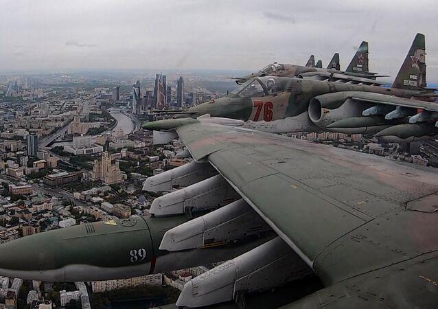 Parade aérienne au-dessus de Moscou
