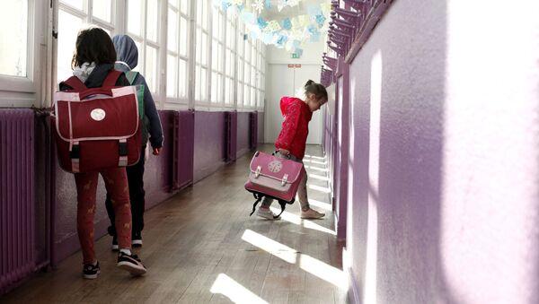Enfants dans une école française - Sputnik France