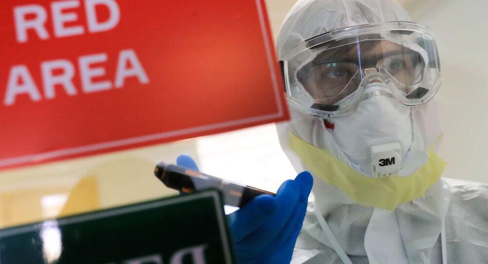Dans un hôpital soignant des patients avec le coronavirus, image d'illustration