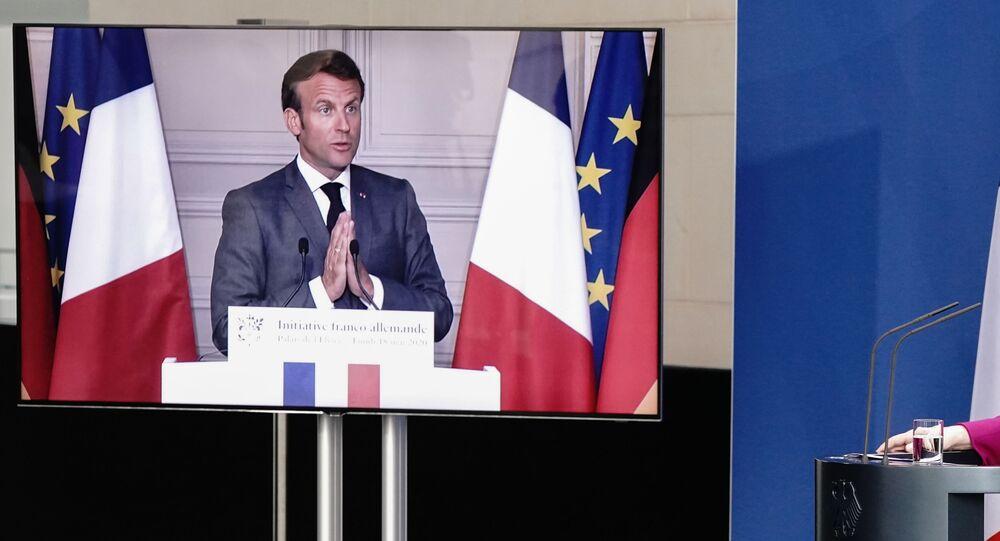 Emmanuel Macron et Angela Merkel lors d'une conférence de presse conjointe