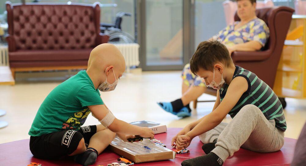 Les patients du centre national de recherche en pédiatrie oncologique, hématologique et immunologique de Dimitri Rogatchev, à Moscou