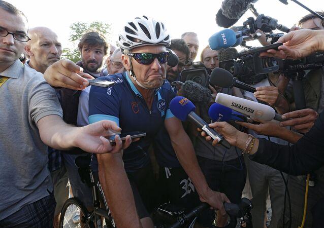 Lance Armstrong, un coureur cycliste américain, champion du monde sur route en 1993
