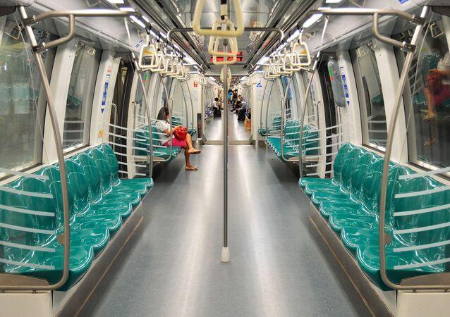 Les passagers dans le métro (image d'illustration)