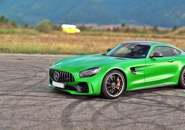 Mercedes — AMG GTR, image d'illustration