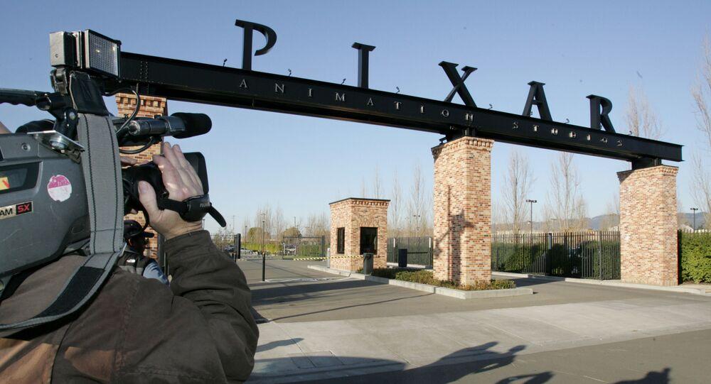 Pixar court 'Out' présente le premier personnage principal gay du studio