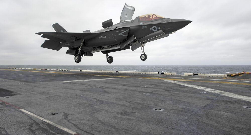 Un F-35B américain