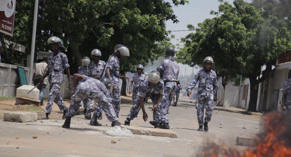 Les forces de l'ordre togolaises en action, au cours d'une manifestation.