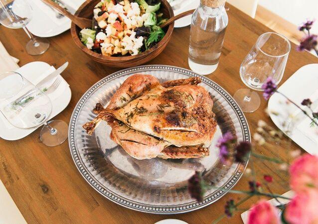 Un repas, image d'illustration
