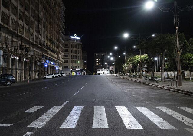 Les rues de Dakar (Sénégal) pendant le couvre-feu