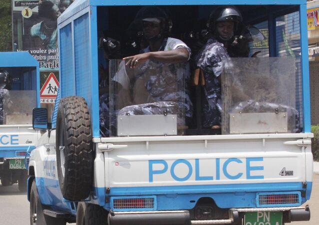 Une patrouille de police à Lomé, Togo