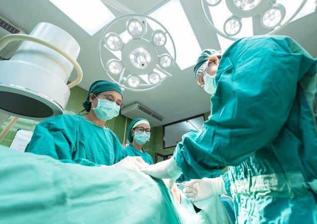 Une opération