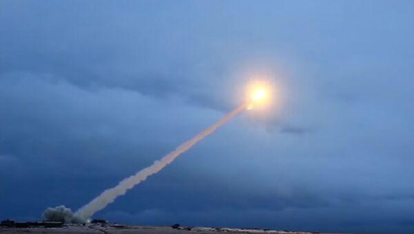 Test du missile russe Bourevestnik - Sputnik France