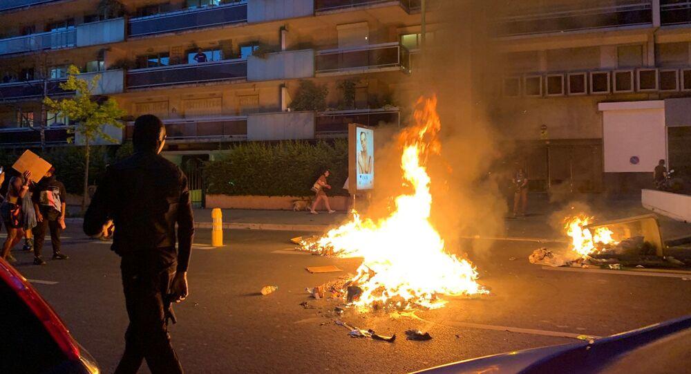Tensions lors de la manifestation Justice pour Adama Traoré à Paris, 2 juin 2020