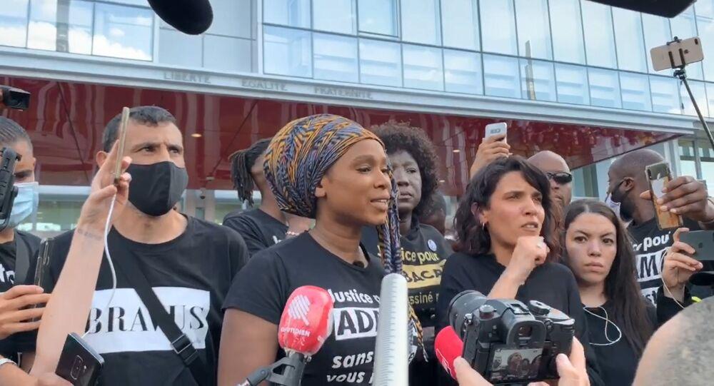 Assa Traoré lors de la manifestation Justice pour Adama Traoré, 2 juin 2020