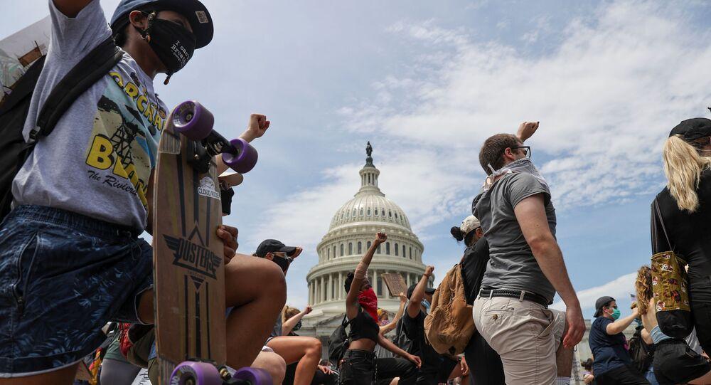 Manifestations aux USA après la mort d George Floyd