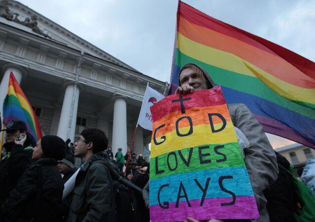 Un défilé en soutien aux LGBT à Saint-Pétersbourg