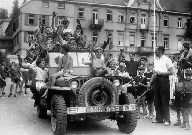 des enfants parisiens dans la zone d'occupation française en Allemagne, 1945