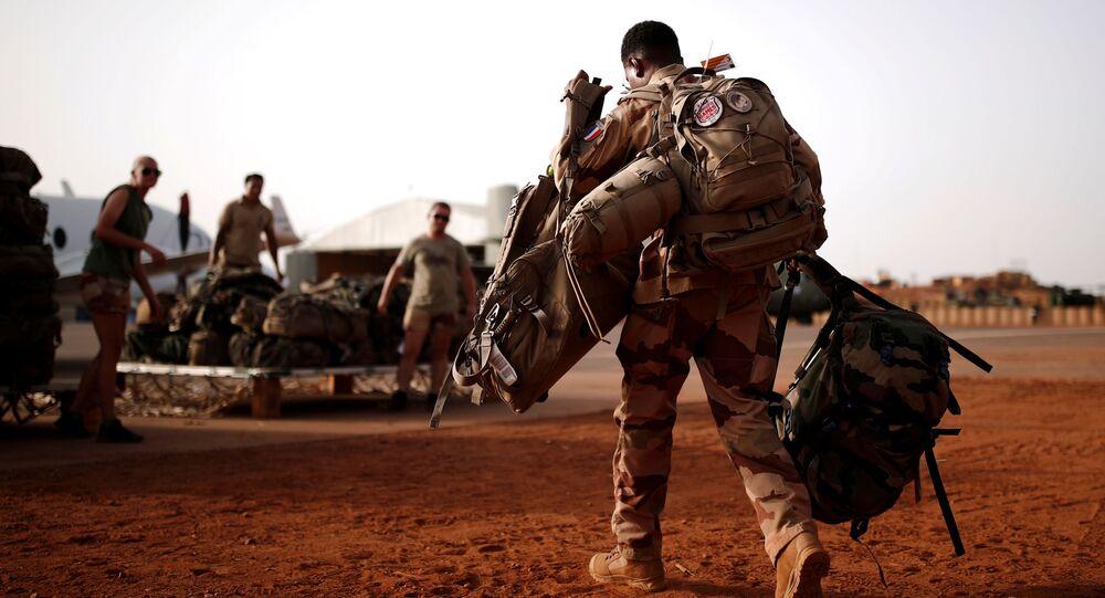 un militaire français à Mali