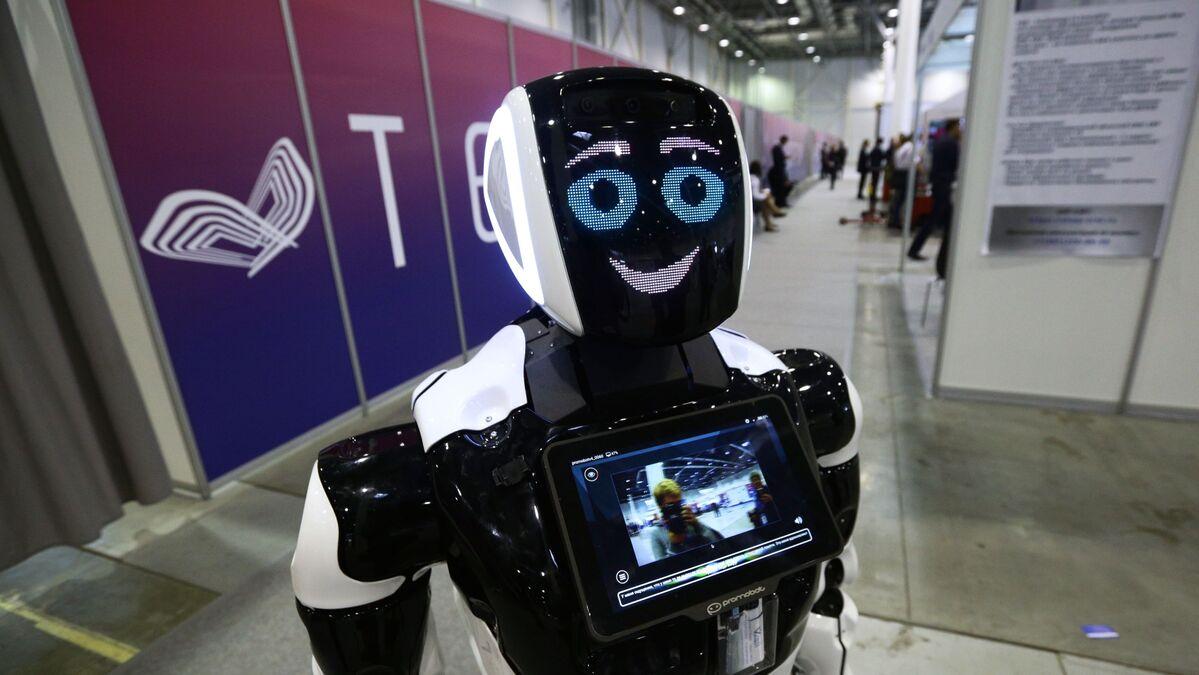 Un robot russe engagé par la police des Émirats arabes unis ...