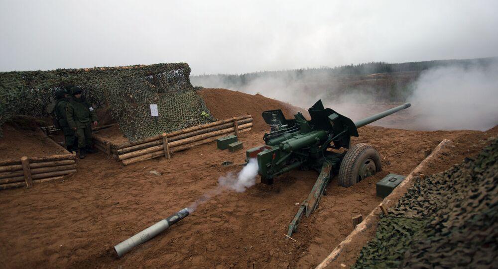 Un canon antichar MT-12 Rapira