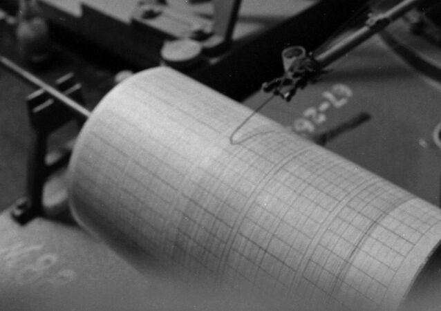 Un sismographe