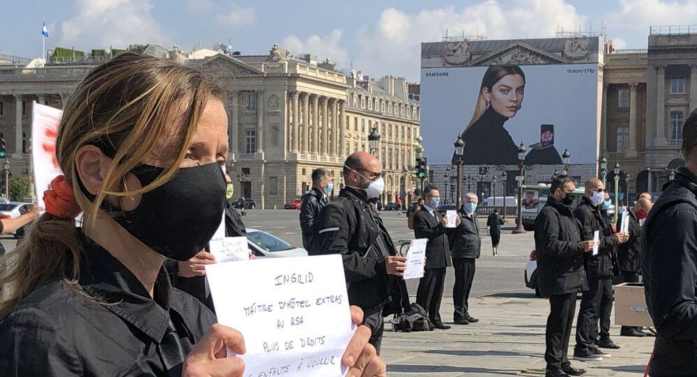 Action de protestation du Collectif des Précaires de l'Hôtellerie-Restauration et Événementiel (CPHRE) à Paris, 10 juin 2020