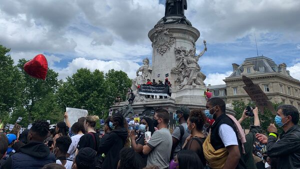 Une nouvelle journée de mobilisation contre le racisme à Paris, le 13 juin 2020 - Sputnik France