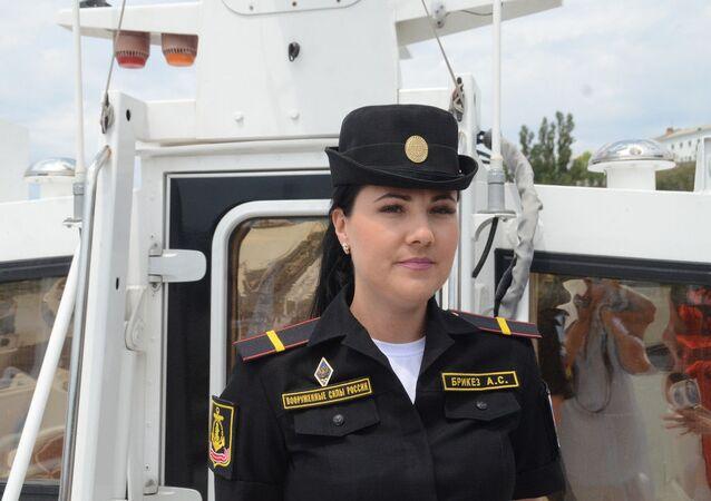 Un équipage entièrement féminin sur une embarcation de la marine militaire russe