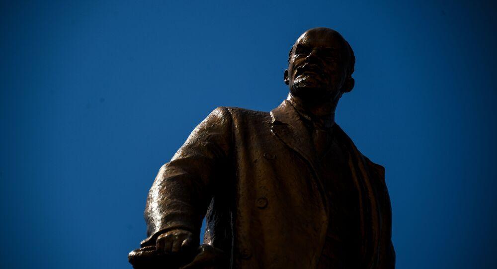 Statue de Lénine dans la ville russe de Saransk