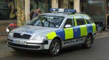 Une voiture de police britannique