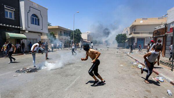 la manifestation de chômeurs en Tunisie le 21 juin - Sputnik France
