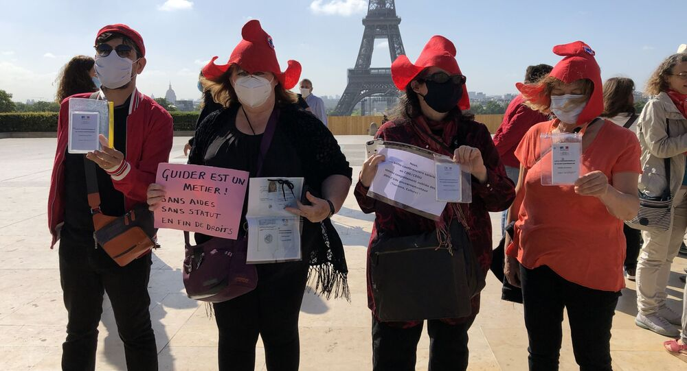 Les guides-conférenciers ont organisé une action de protestation sur douze sites emblématiques en France