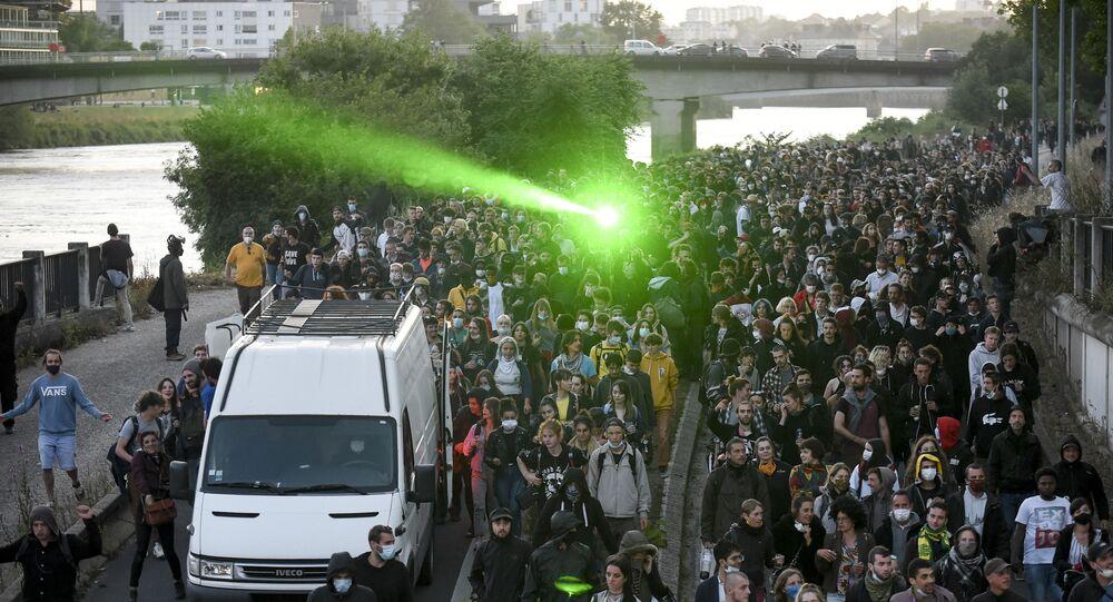 Manifestation en hommage à Steve Caniço à Nantes, le 21 juin 2020