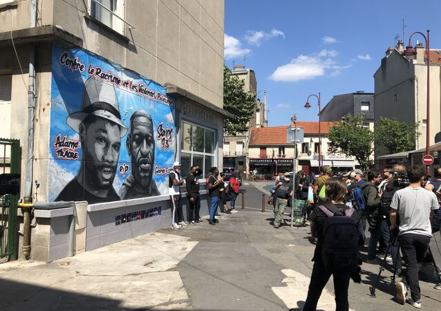 Une fresque Traoré/Floyd à Stains, 22 juin 2020